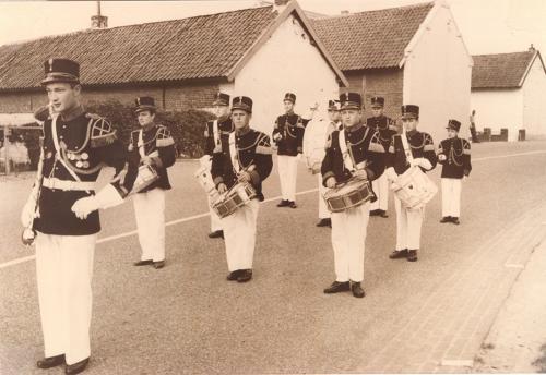 1960: oprichting drumband