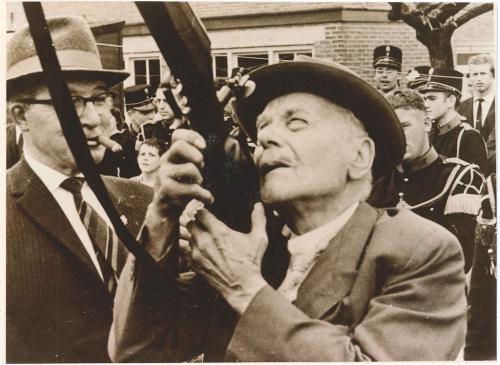 1964: Koningsvogelschieten Piet Ackermans en Willem Weerts-